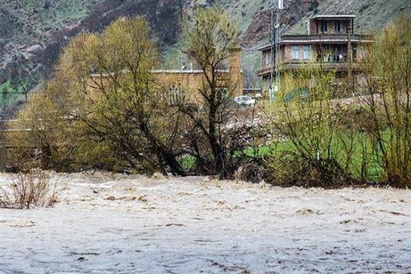 ईरान में बाढ़,19 लोगों की मौत