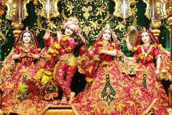 अक्षय तृतीया पर वृंदावन के सप्त देवालयों में करें चंदन सेवा, जन्म-जन्म के पापों से मिलेगी मुक्ति