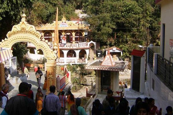 देहरादून में है शिव मंदिर, जहां गुरु द्रोण को धर्नुविद्या का ज्ञान देने प्रतिदिन प्रकट होते थे भोलेन