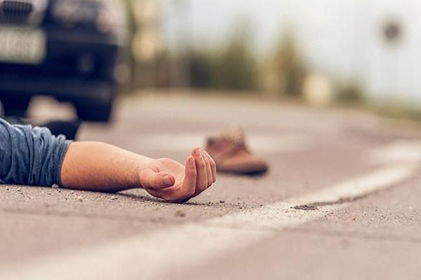 सड़क हादसे में डिपो होल्डर की मौत