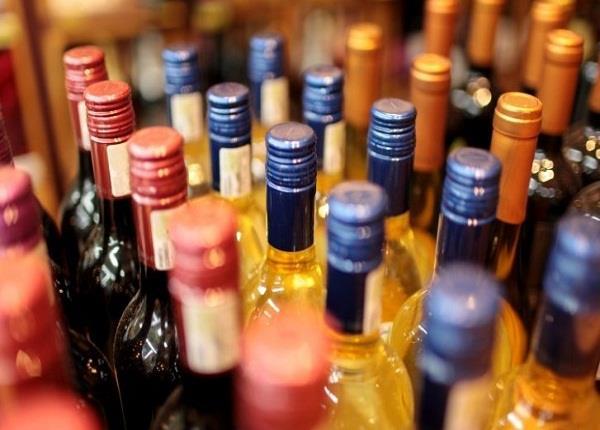अवैध शराब बेच कर चूना लगाने वाले बीयर बार मालिकों को विभाग ने सुनाया ये फरमान