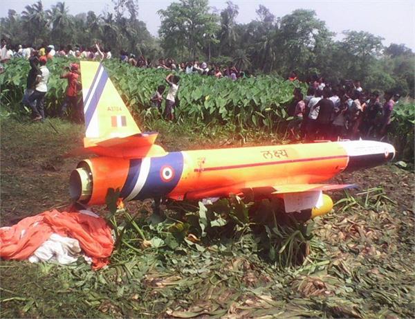 ओडिशा में भारतीय वायुसेना का मानव रहित विमान दुर्घटनाग्रस्त