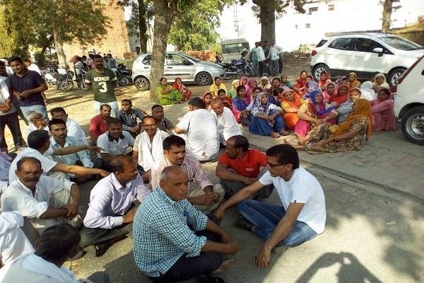 संत राम रहीम की फेसबुक पर अश्लील पोस्ट, भड़के डेरा प्रेमियों ने दी रोड जाम की धमकी