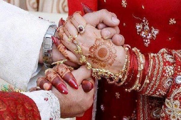 मंडप में दूल्हे की एक गलती से मचा हड़कंप, दुल्हन ने तोड़ी शादी