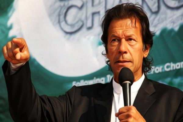 इमरान खान ने की नवाज शरीफ के इस्तीफे की मांग