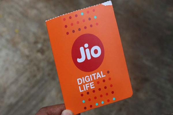 4G स्पीड के मामले में जियो ने पछाड़ा IDEA-Airtel को, जानें अन्य कंपनियों का हाल
