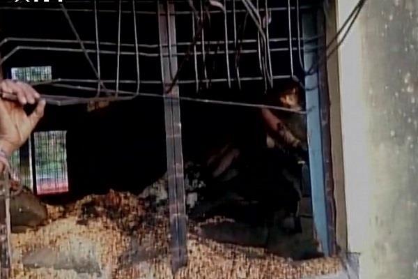 मध्य प्रदेश: राशन स्टोर में लगी आग, 15 लोगों की जिंदा जलकर मौत