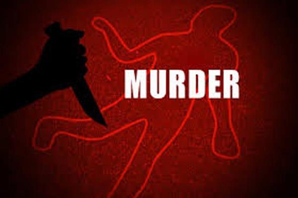 प्यार में नसीहत देना चायवाले को पड़ा महंगा, प्रेमी-प्रेमिका ने कर दी हत्या