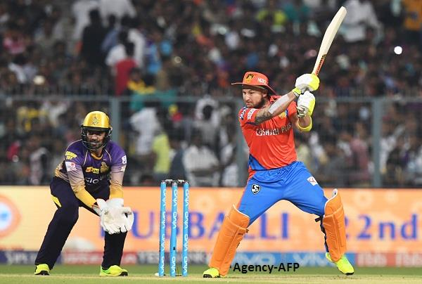 गुजरात ने तोड़ा हार का सिलसिला, कोलकाता को 4 विकेट से दी मात