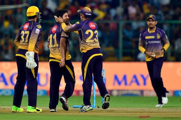 गंभीर ने गेंदबाजों को दिया जीत का श्रेय