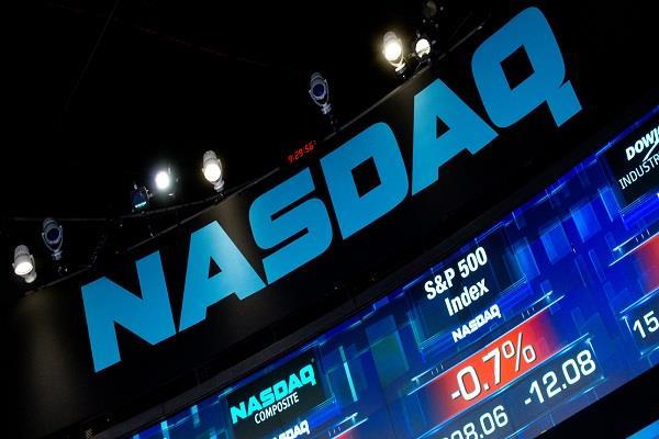 पॉलिटिकिल टेंशन में टूटे अमरीकी बाजार, 1.8-2.6% की गिरावट