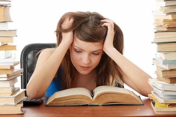 कैसे दें एक ही दिन में 3 परीक्षाएं, असमंजस में विद्यार्थी