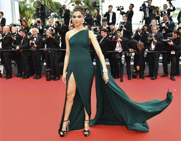 cannes  second day deepika padukone