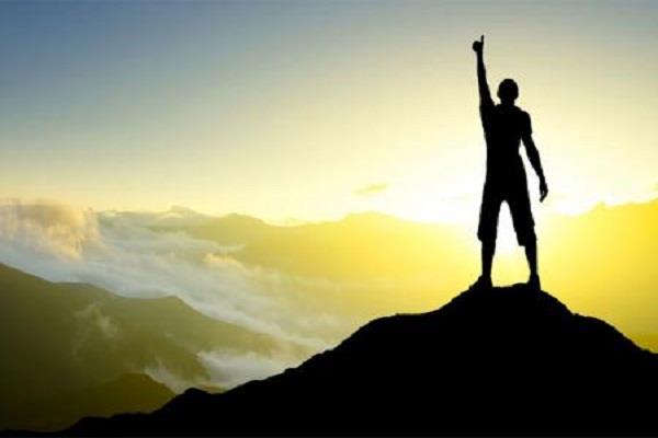 आज ही करें इन आदतों का त्याग, धन व सफलता की होगी प्राप्ति