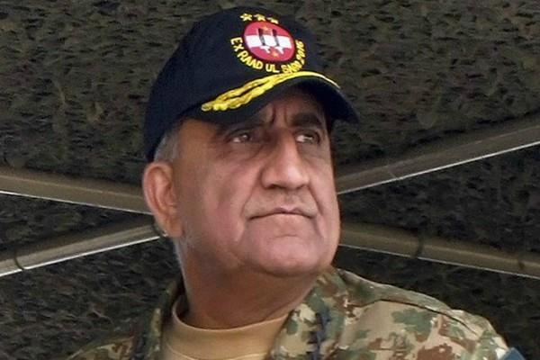 आतंकवाद विरोधी लड़ाई में पाकिस्तान दोराहे पर, फैसला करना होगा : बाजवा