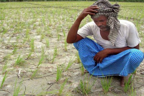 किसान है परेशान, मुश्किलों का अंत नहीं!