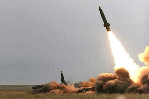 ट्रंप की यात्रा से पहले सऊदी ने यमन की मिसाइल मार गिराई