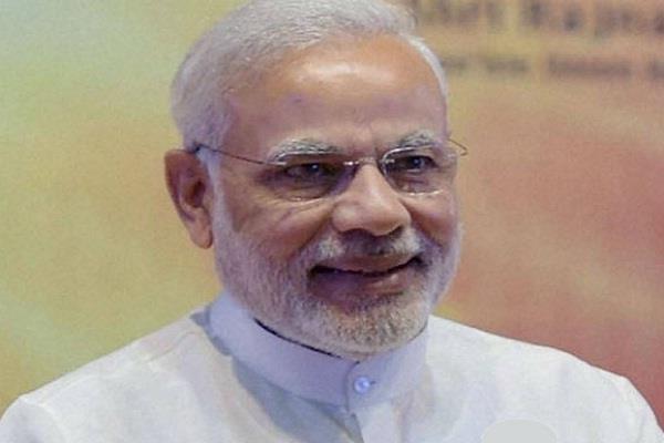 इस मामले में मनमोहन से बहुत पीछे हैं PM मोदी