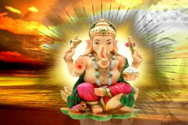 श्री गणेश चतुर्थी व्रत: घर को मंगलयुक्त करने के लिए इस दिशा में करें पूजन