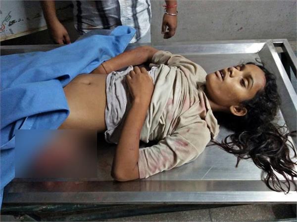 डेरा ब्यास जा रहे श्रद्धालुअों के साथ भयानक हादसा,दो लड़कियां की मौत-5 बच्चे घायल