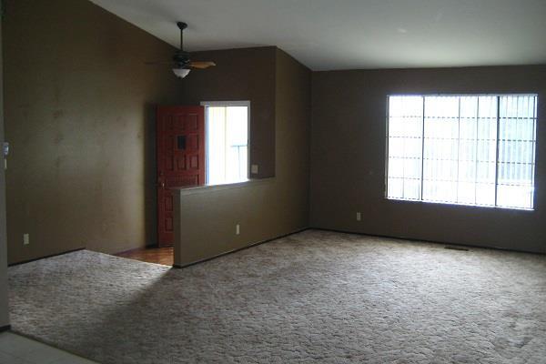 घर के खाली कमरे ऐसे बन सकते कमाई का जरिया!