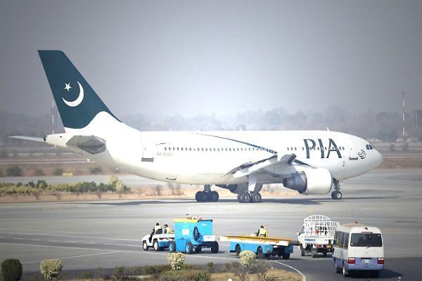 पाकिस्तान इंटरनेशनल एयरलाइंस' को बंद करने की तैयारी में पाक सरकार