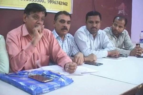 हुडा अधिकारियों ने सरकार को लगाया करोड़ों का चूना: जोगिन्द्र स्वामी
