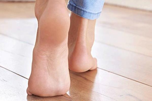 पैरों के तलवों से खुली किताब की भांति पढ़ा जा सकता है किसी व्यक्ति का व्यक्तित्व