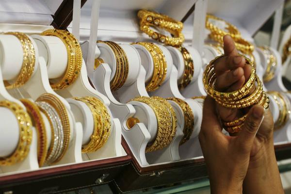 सोना हुआ सस्ता, जानें क्या हैं आज के दाम?