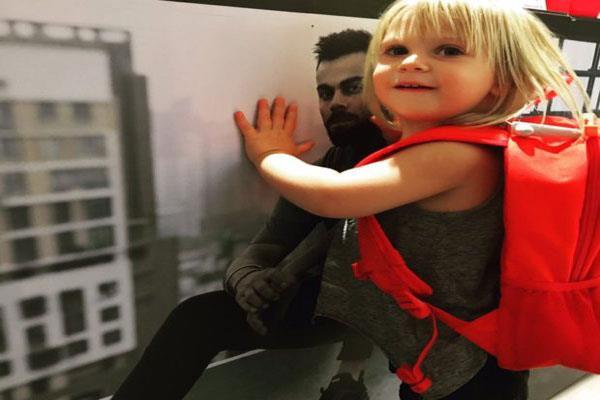 विराट की सुपरफैन है जॉन्टी रोड्स की 'नन्ही परी'