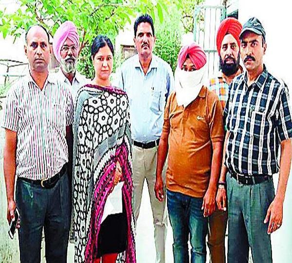 JE 8 हजार रुपए रिश्वत लेते गिरफ्तार