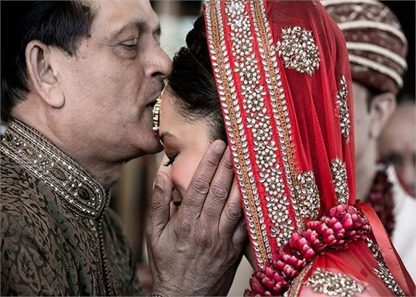 पिता को दुल्हन बनी बेटी से जरूर कहनी चाहिए ये 7 बातें