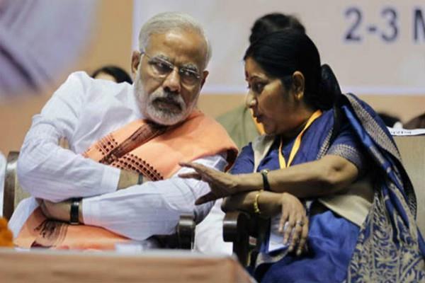जाधव पर आए फैसले पर सुषमा का ट्वीट, PM ने की हरीश साल्वे की तारीफ