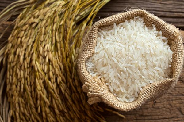 महंगे हुए चावल, कीमतों में उछाल