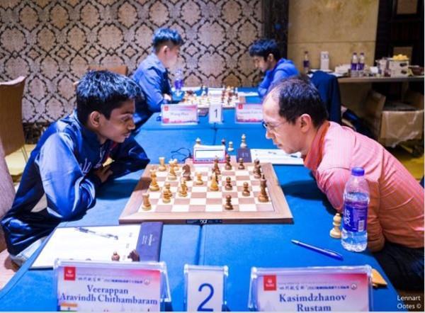 भारत के अरविंद चितांबरम नें पूर्व विश्व शतरंज चैम्पियन को किया पराजित