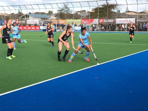 भारतीय महिला हॉकी टीम हारी, न्यूजीलैंड ने 2-3 से दी मात