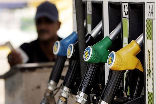 Petrol pump पर अब शीघ्र ही बिकेंगे सस्ते दामों पर ये चीजें!