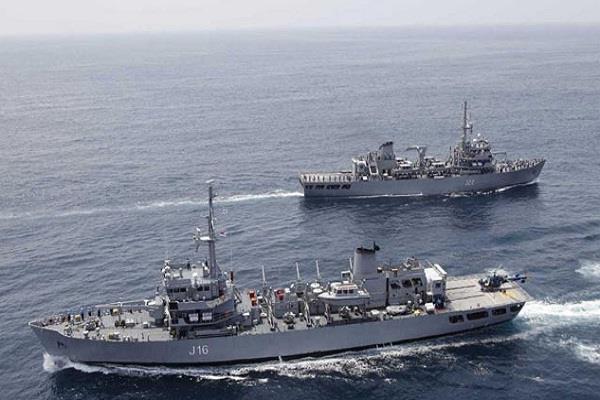 भारत, सिंगापुर की नौसेनाओं ने दक्षिण चीन सागर में शुरू किया अभ्यास