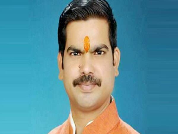 ऑनलाइन सेक्स रैकेट चलाता था ये BJP नेता, पुलिस ने किया गिरफ्तार