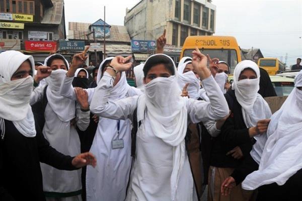 कश्मीर में पत्थरबाजी को रोकने के लिए सरकार ने उठाया अहम कदम