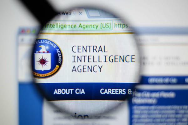 ट्विटर पर मजाकिया टिप्पणी संबंधी सूचना नहीं देने पर सीआईए पर मुकदमा दर्ज