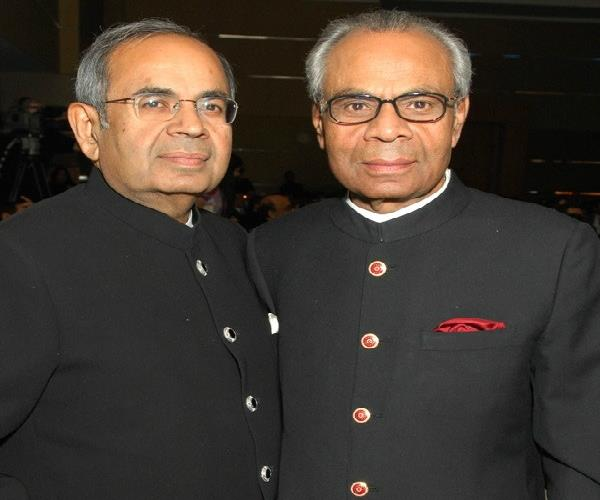 ब्रिटेन के अमीरों में भारतीयों का दबदबा, हिंदुजा ब्रदर्स टॉप पर