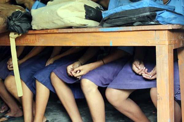यहां गुरु-शिष्य का रिश्ता हुआ शर्मसार, छात्राओं ने जड़े ये आरोप