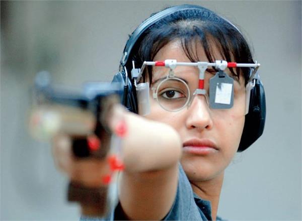 शूटर हीना सिद्धू ने नेशनल पिस्टल कोच पर साधा निशाना, जमकर की अलोचना