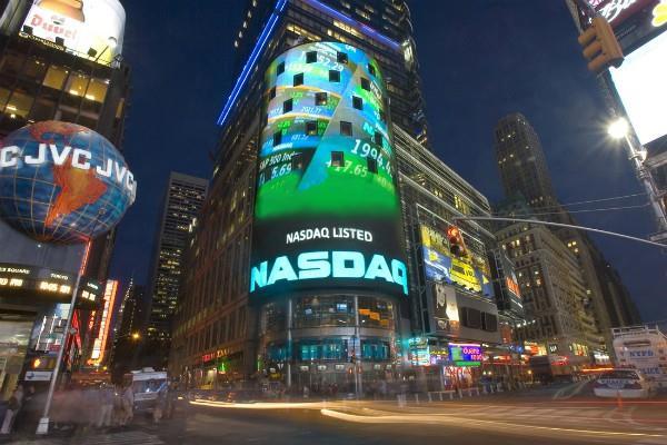 टेक शेयरों से बाजार में भरा जोश, डाओ रिकॉर्ड स्तर पर बंद