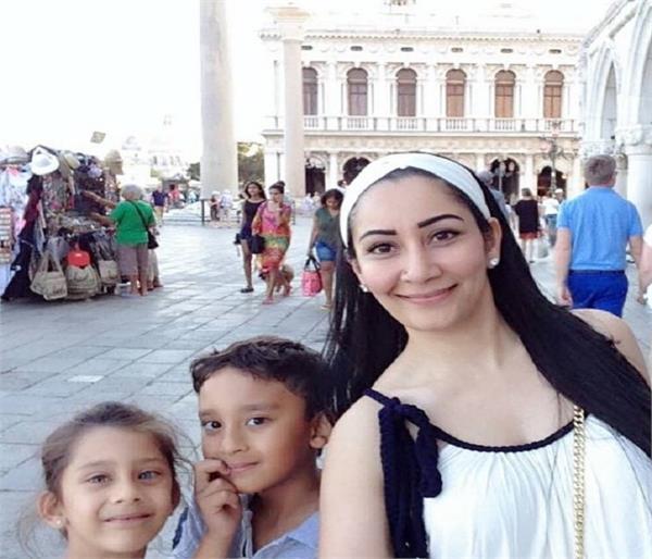 बच्चों के साथ 'वेकेशन एन्जॉय' करती नजर आई Manyata Dutt