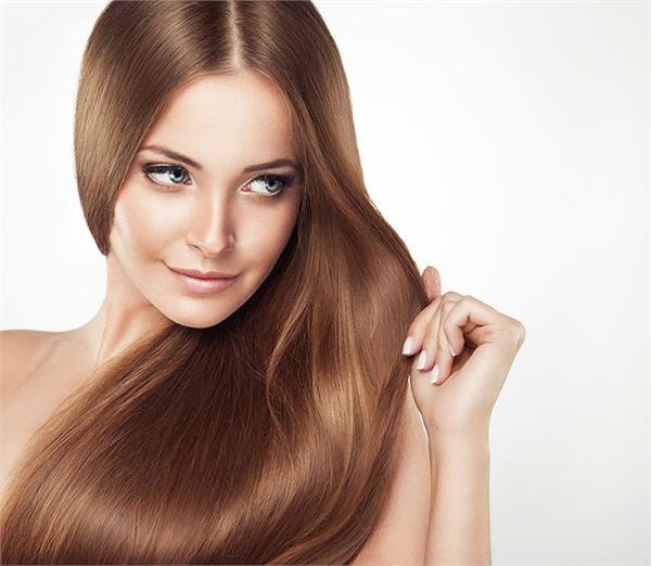 बालों में प्राकृतिक रूप से चमक लाएं ये Herbal प्रॉडक्ट्स