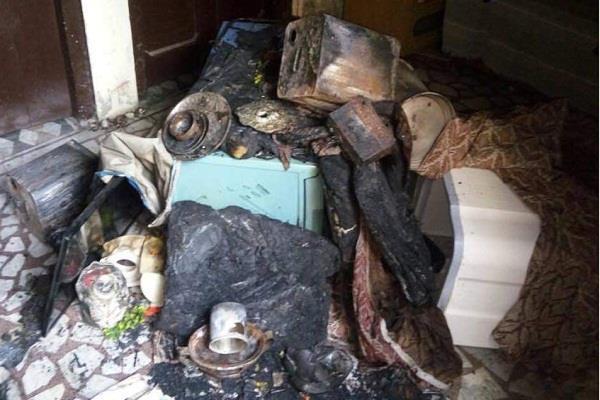 बिजली के शॉट सर्किट से घर में लगी आग, लाखों का हुआ नुक्सान