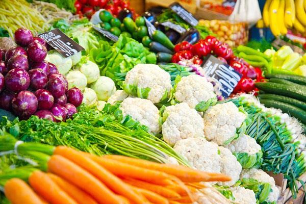 GST सस्ती होंगी सब्जियां और दूध, 5% तक घटेंगे दाम