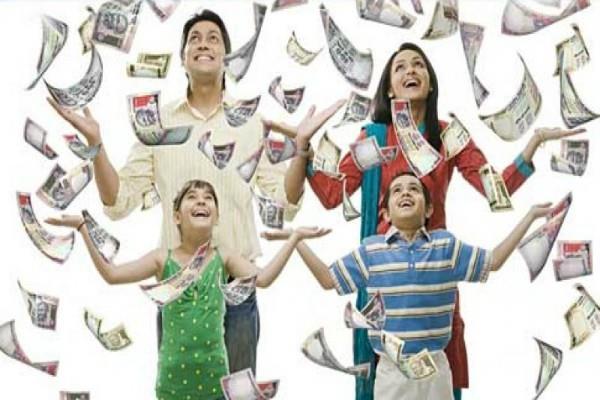 एक रुपए में मिलने वाली इस चीज से करें उपाय, घर में बरसेगी धन और स्मृद्धि